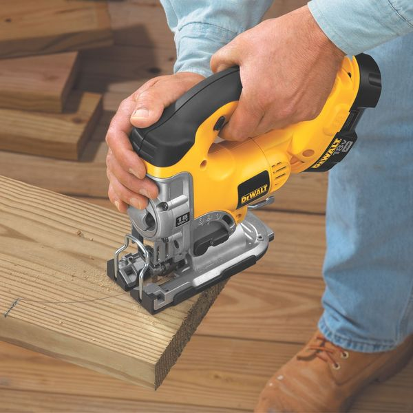 DEWALT 18-Volt Cordless Jig Saw with Keyless Blade Change