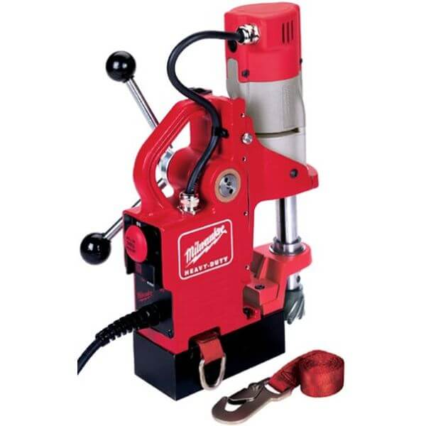 Milwaukee 9 Amp Compact Electromagnetic Drill Press