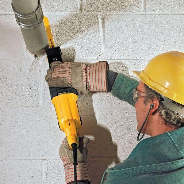 DEWALT 10 Amp Reciprocating Saw