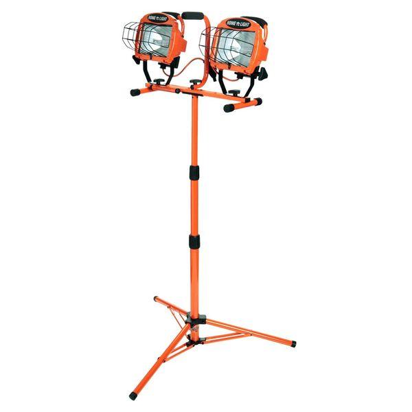 Designers Edge 1000-Watt Twin-Head Adjustable Work Light with Telescoping Tripod Stand, Halogen